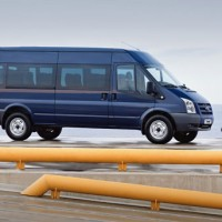 : Ford Transit Bus сбоку