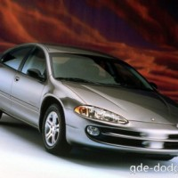 : Dodge Intrepid спереди
