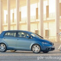 : Volkswagen Golf Plus сбоку