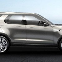 Land Rover Discovery Sport: справа сбоку